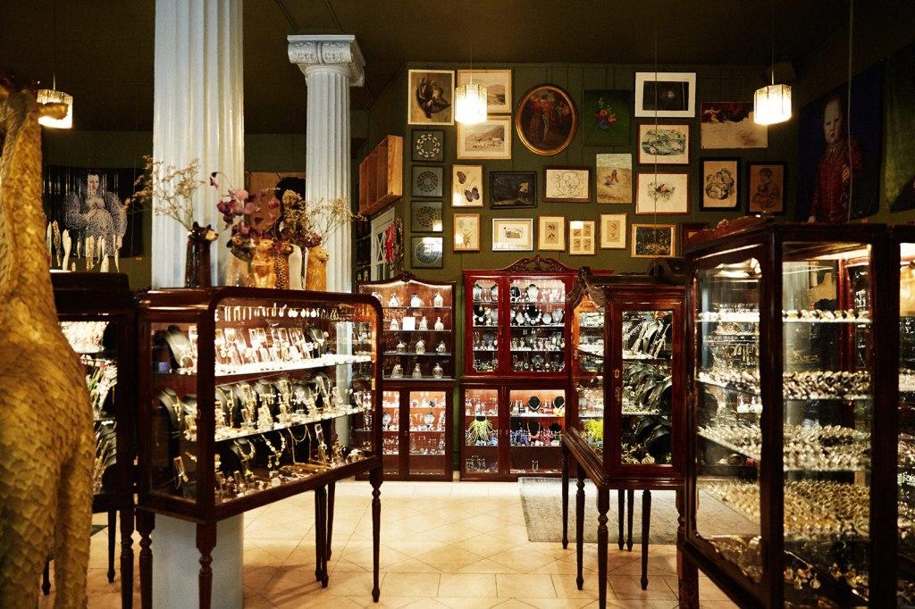 بخشی از موزه عطر بارسلونا در کشور اسپانیا