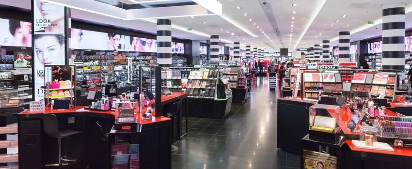 مرکز خرید فروشگاه سفورا پاریس فرانسه